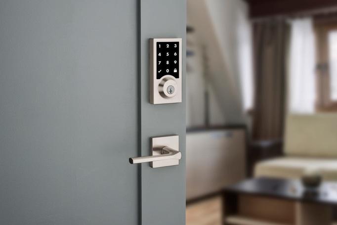 Kwikset and Mighton unveil HomeKit-friendly smart locks