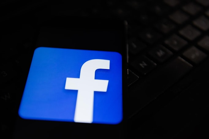 Anne Frank Center asks Facebook to remove Holocaust denial pages