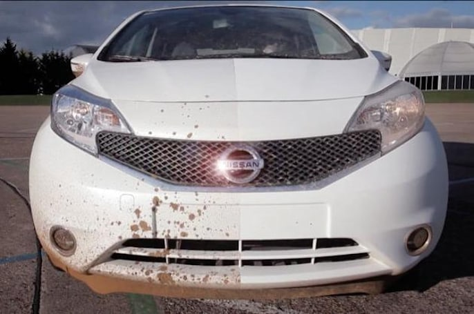 Nissan's dirt-phobic paint keeps a car spotless for the duration of a PR video