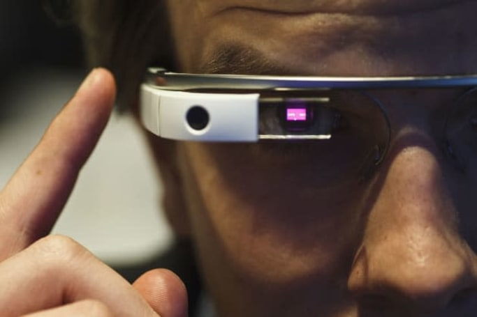 Doctors report a case of Google Glass addiction