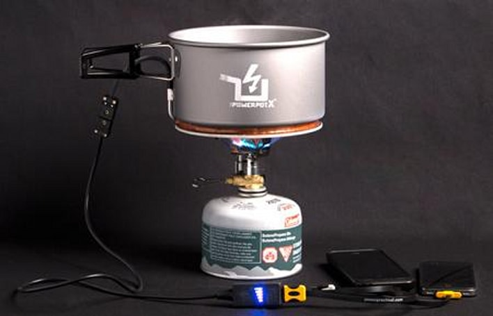 This cooking pot can charge your iPhone