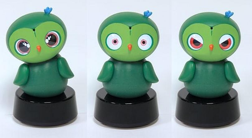 Insert Coin: the ixi-play robot owl monitors toddlers, helps them learn (video)