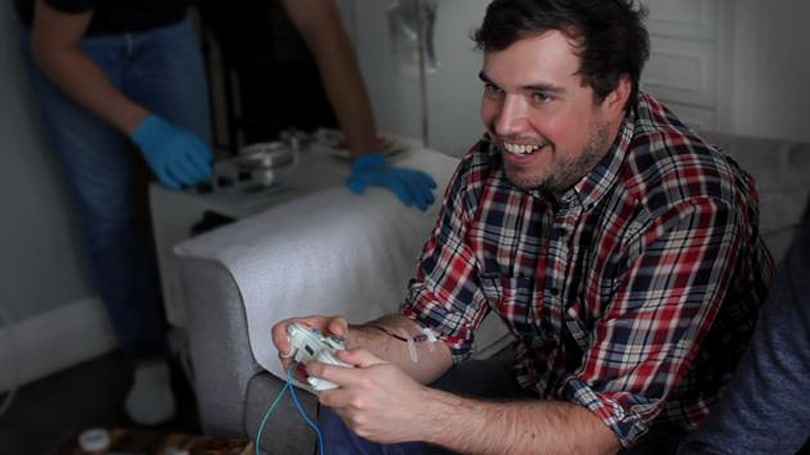 Game controller takes your real blood whenever you lose (update: suspended)