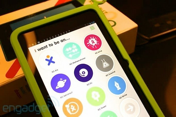 Hands-on with the 7-inch XO Tablet, OLPC's first consumer device (video)