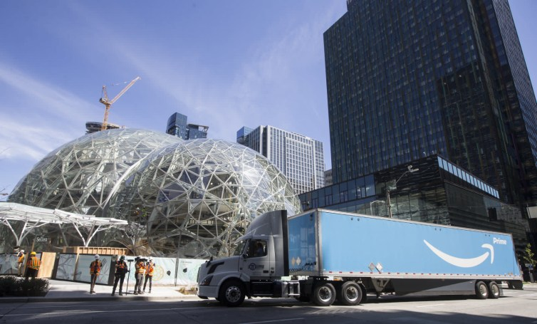 Amazon's two new headquarters will only be half-full of tech workers