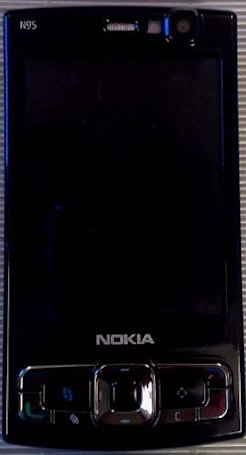 Black Nokia N95 with 8GB hits FCC, no American 3G in sight