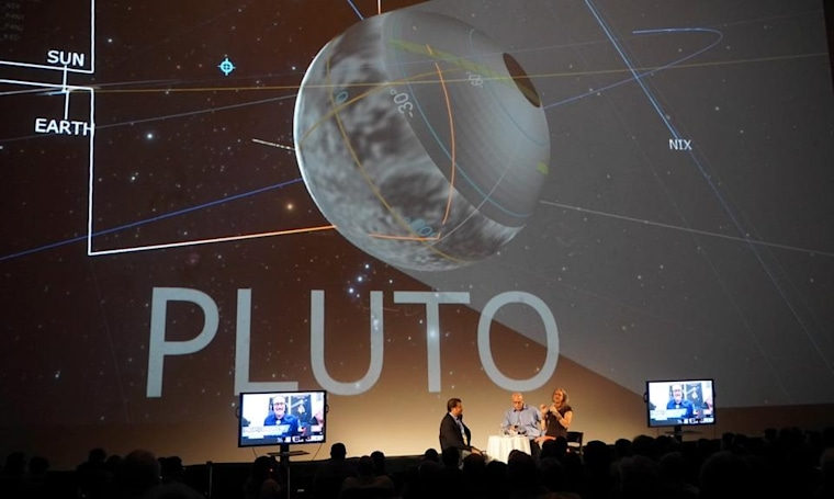 Neil deGrasse Tyson and friends gush over today's Pluto flyby