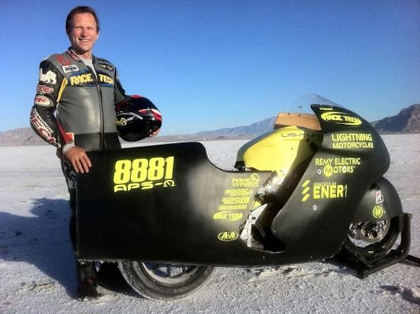 Lightning Motorcycles electric bike blazes past 2010 record, joins 200 MPH Club