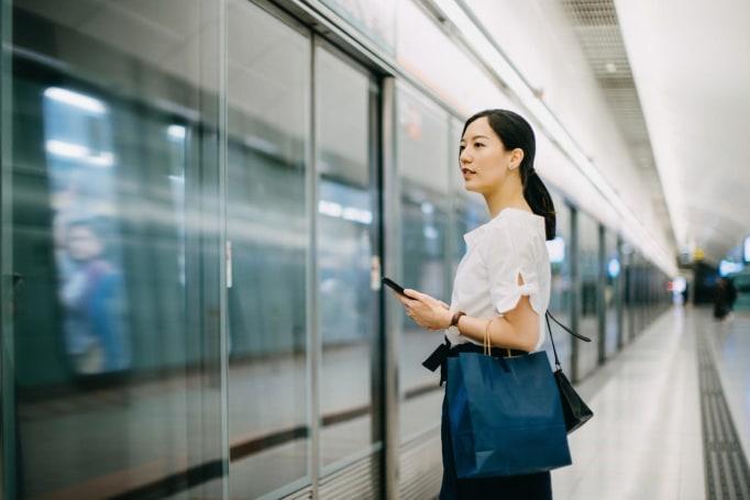 Google's Waze-like app for public transit hits five more cities