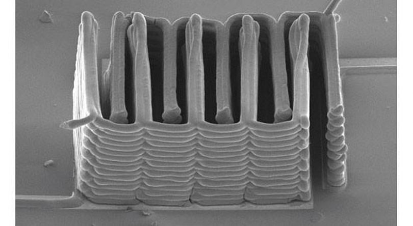 Researchers create micro-battery with 3D printer (video)