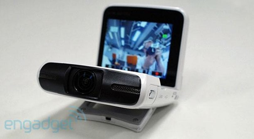 Canon's Legria mini camcorder wants to be best friends with your social media (hands-on)