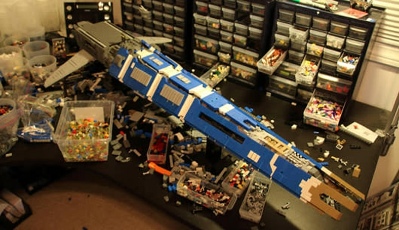 This EVE LEGO ship will rock you like a hurricane