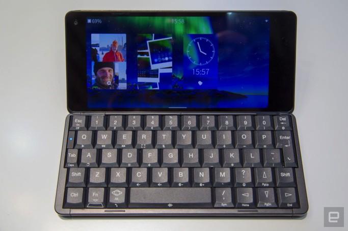 I found a Gemini PDA running Sailfish OS, and it was wild