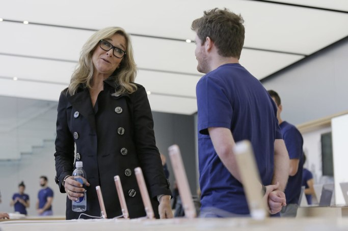 Apple retail VP Angela Ahrendts leaves after five years