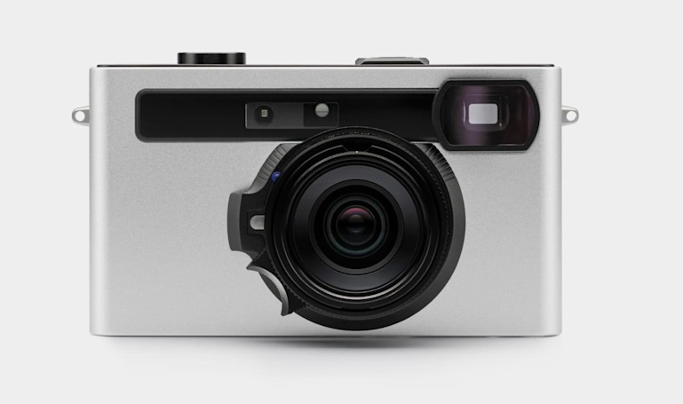 Pixii is a smartphone-centric rangefinder camera with a Leica mount