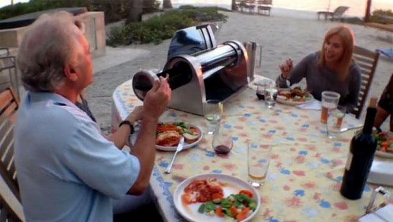 Solar-powered grill cooks your food no matter the weather
