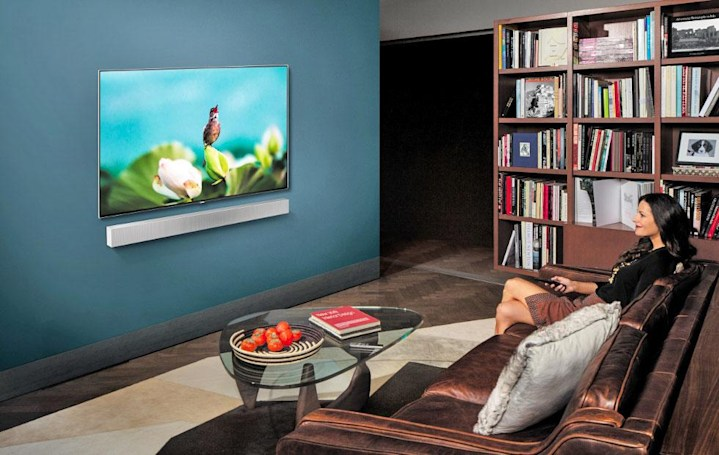 Samsung's new wall-mountable soundbar has a built-in subwoofer