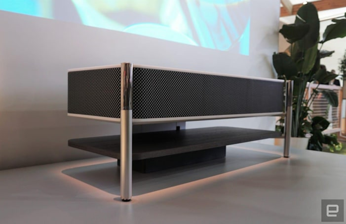 Sony's $30,000 4K short-throw projector hides powerful sound