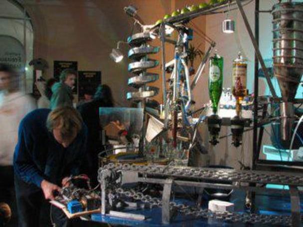 Bots play bartender at Roboexotica Festival in Vienna