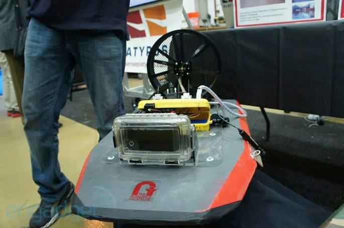 Platypus airboats have a Nexus S for a brain, we go eyes-on (video)
