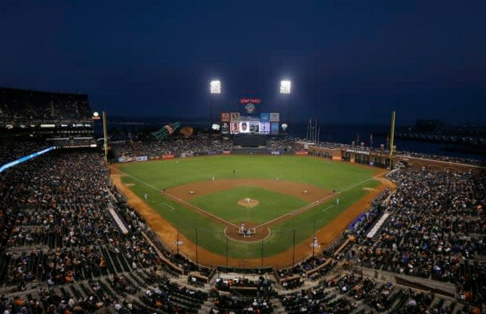 San Francisco Giants (and most of MLB) adopt Apple's iBeacon for an enhanced ballpark experience