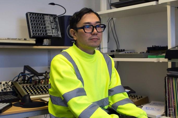 Yuri Suzuki mimics 'The Sound of the Waves' with surf data