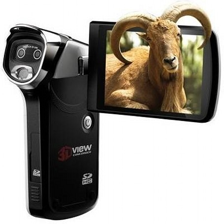 DXG-5D7V, 'the only 3D video camcorder,' now available for preorder