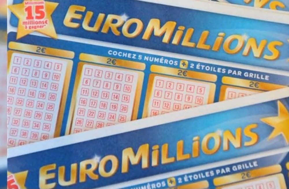 Lottery winner ordered to share jackpot with 'psychic waiter
