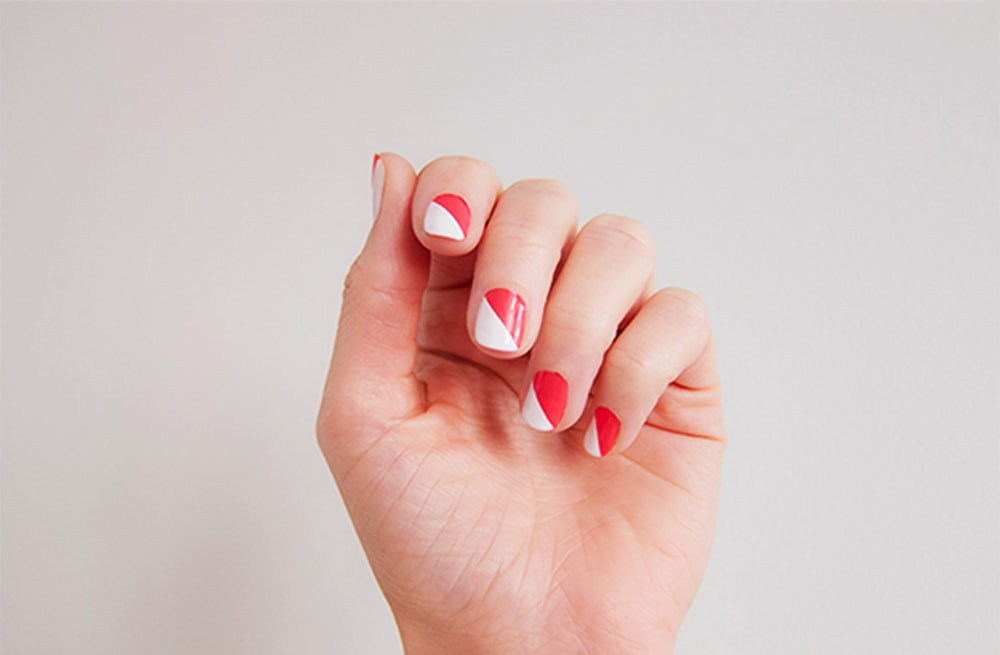 13 Easy Nail Designs You Can Do With Scotch Tape Aol Lifestyle