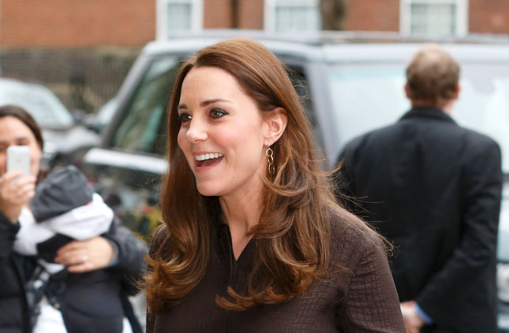 ff759ded17 Duchess Kate brings back Hobbs dress for foster care engagement ...