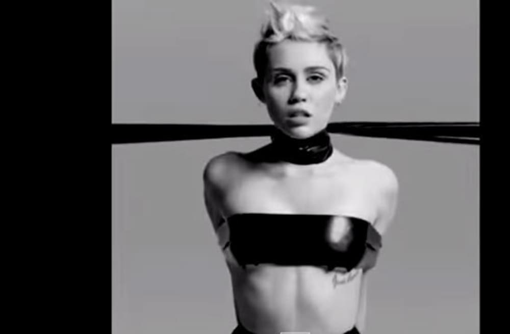 Miley Cyrus gets completely naked in NSFW photo shoot