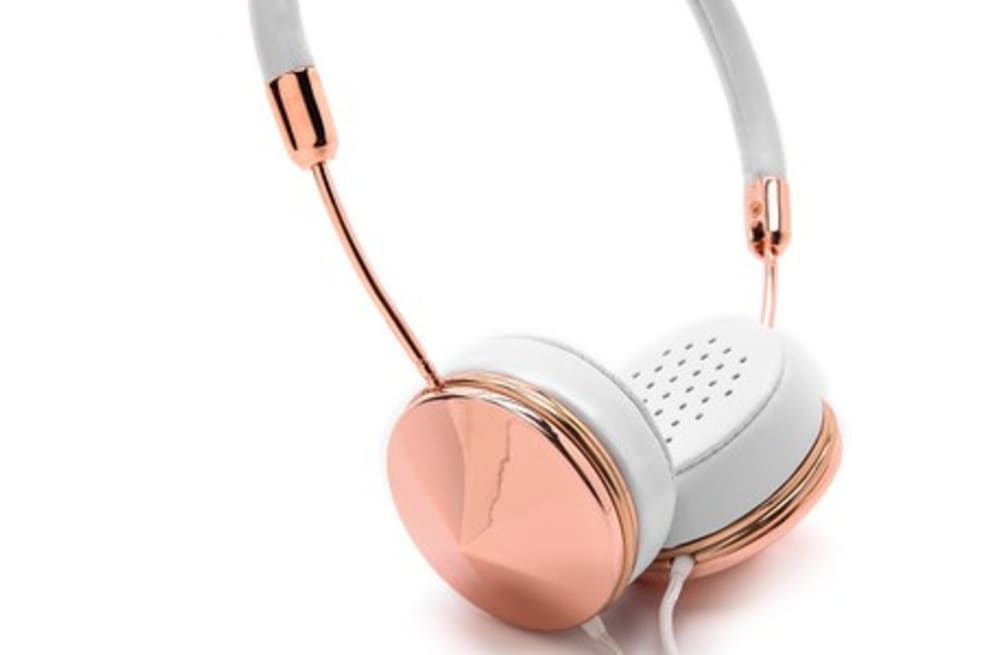 598a0db1344 Why celebrities and bloggers are obsessed with these headphones ...