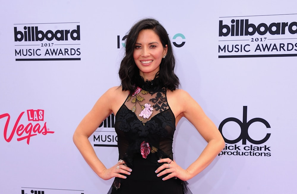 2fd4625ce6b Olivia Munn makes first red carpet appearance since split from Aaron  Rodgers at 2017 Billboard Music Awards