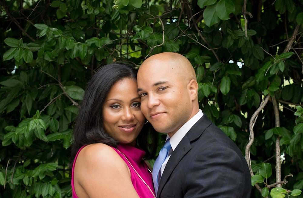 410fbf742c04 Couple proves love is real with Obama-themed engagement shoot - AOL ...