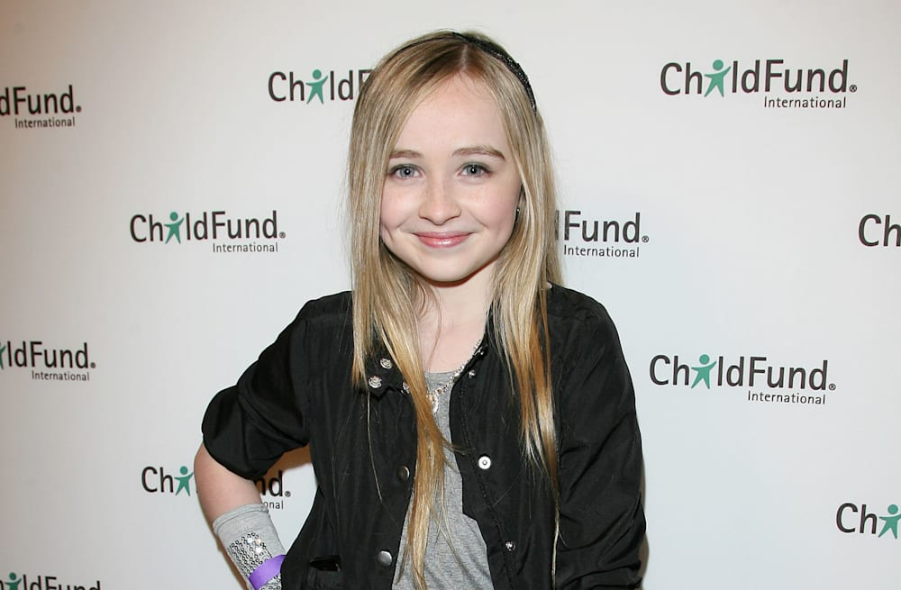 girl meets world star sabrina carpenter sued by ex music managers