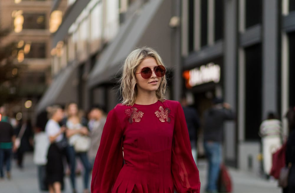 c87073ea90 The best 50 street style looks from New York Fashion Week Fall 2017 ...