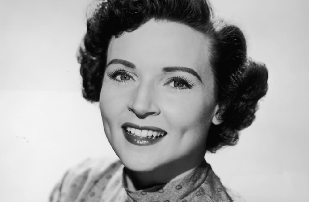 Heres how betty white is celebrating her milestone 96th birthday slideshow preview image bookmarktalkfo Images