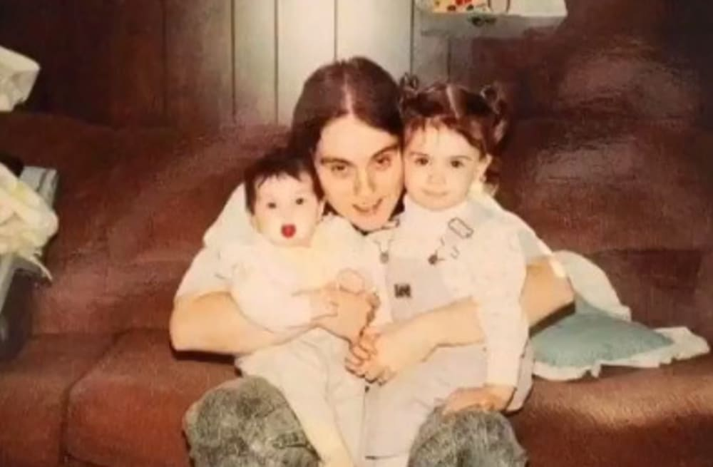 Mother writes one last letter to her daughter before dying from