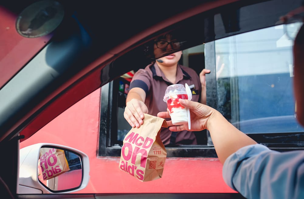 The 8 worst things you can do at a drive-thru, according to a fast ...
