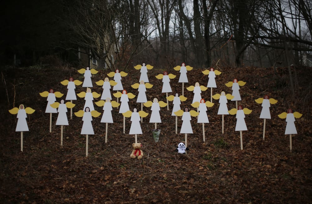 Newtown shooter described 'scorn for humanity' - AOL News