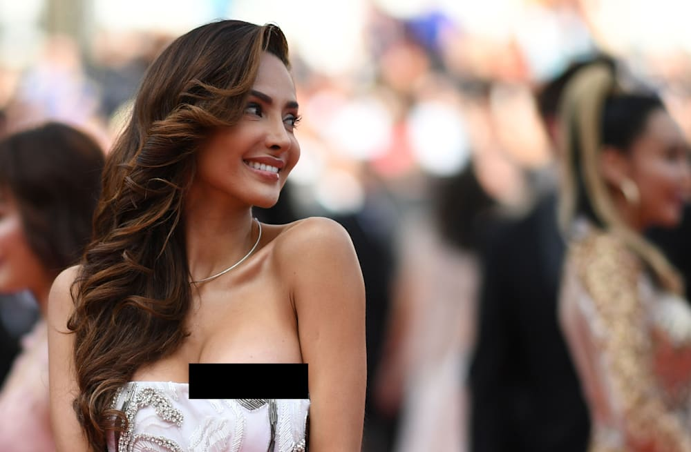 Cannes 2018 Mexican Actress Patricia Contreras Suffers Nip Slip On