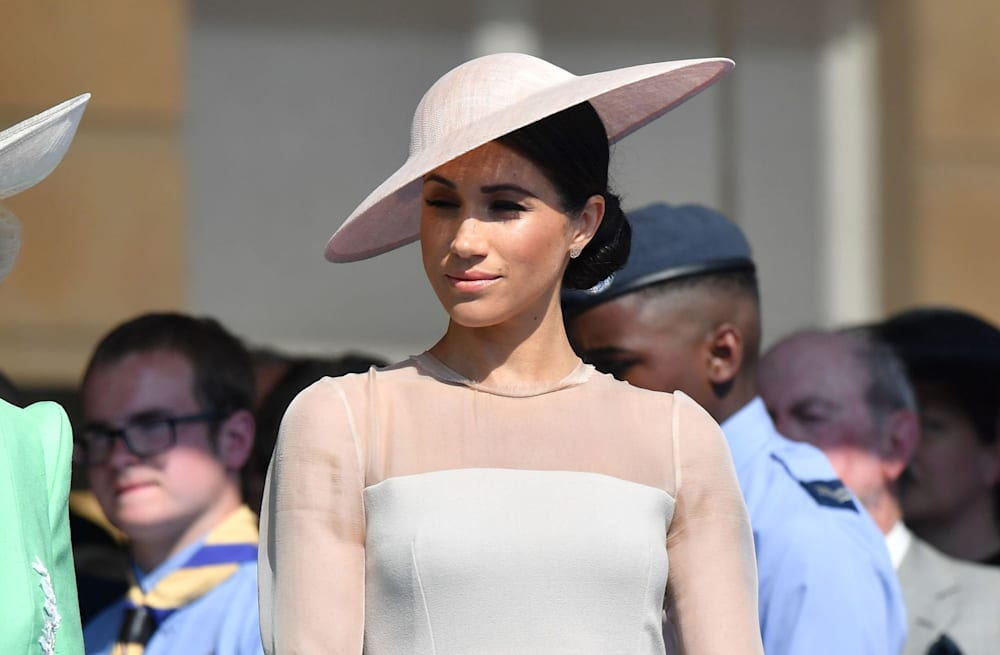 64a96ed35f3 This is why the Queen makes Meghan Markle wear pantyhose - AOL Lifestyle