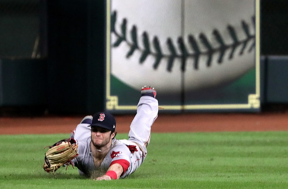 Andrew Benintendi saves Red Sox with incredible catch to end