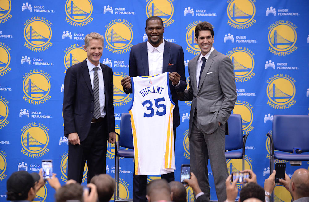e58b6ce72043 Slideshow preview image. 20 PHOTOS. Kevin Durant and Steve Kerr