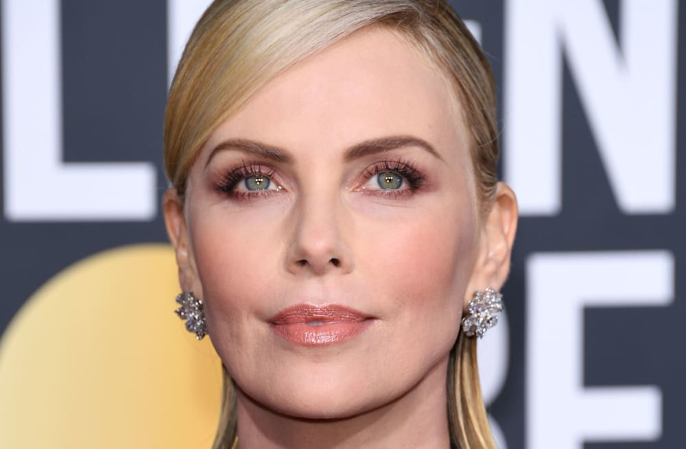Best beauty looks from the 2019 Golden Globes - AOL Lifestyle