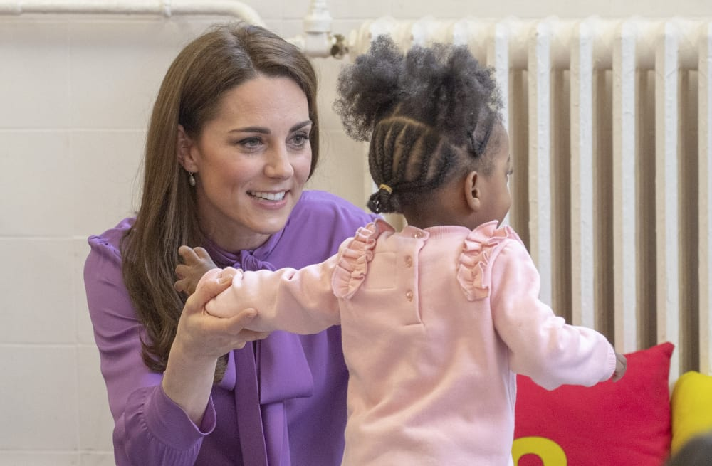 b238d8baf5 Kate Middleton visits London children s center in Gucci - AOL Lifestyle