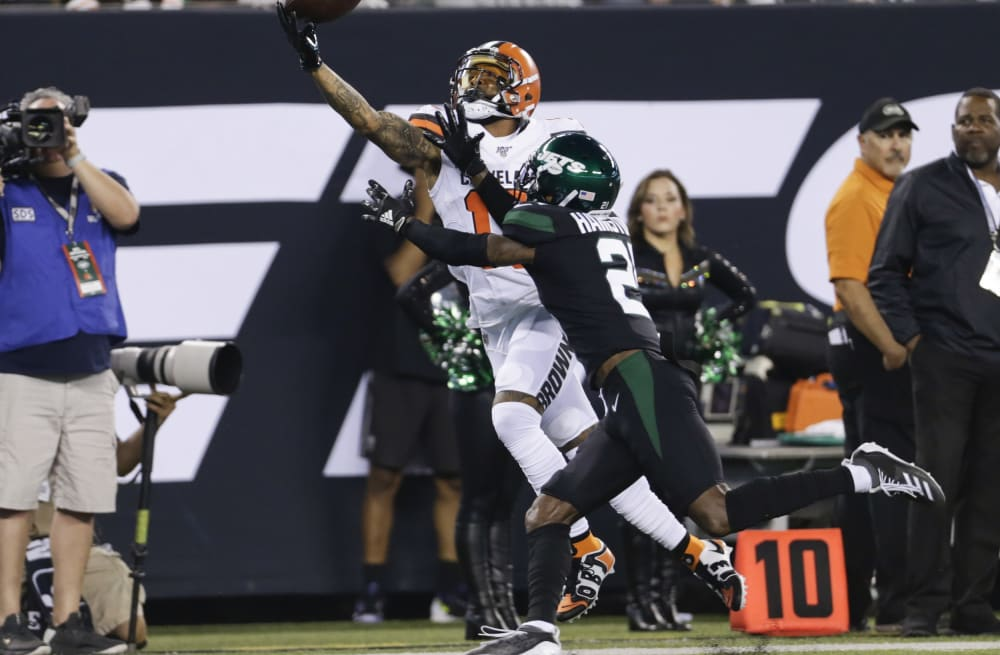 official photos 839ad f715d In same spot as his most famous catch, Odell Beckham Jr. has ...
