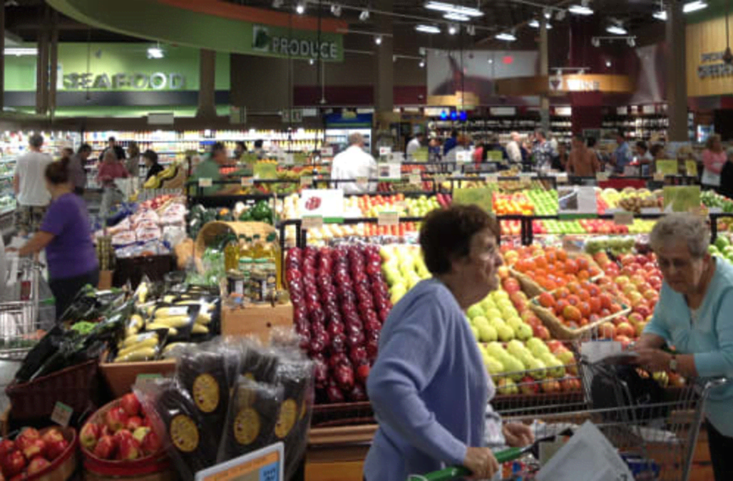 Investors Should Watch This Trend Setting Grocery Chain Aol Finance
