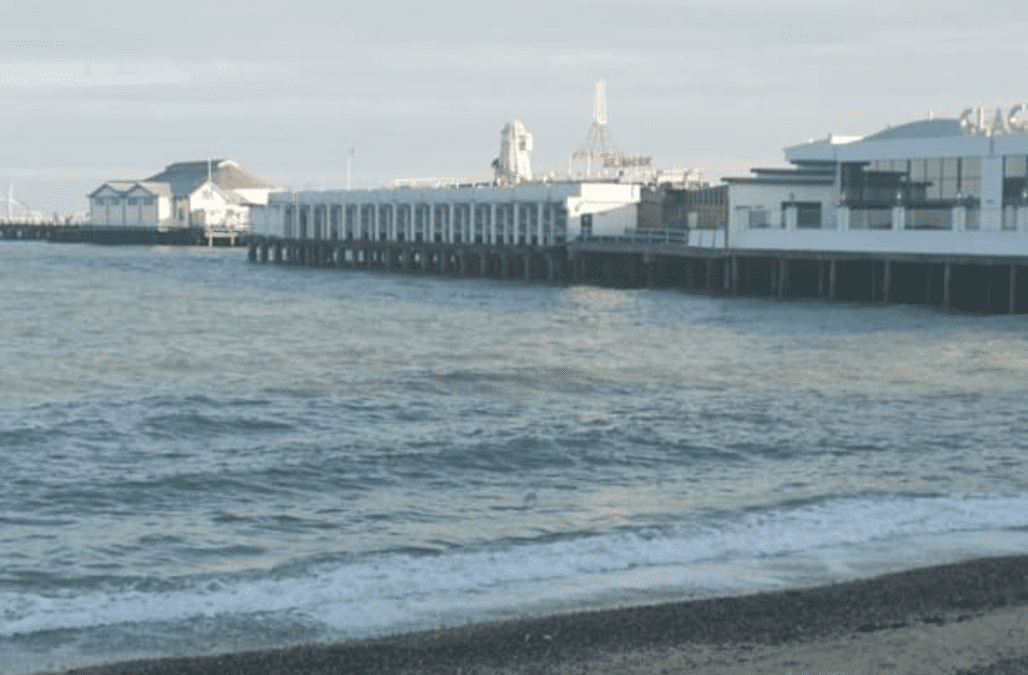 Second teenager dies in hospital after Clacton sea rescue - AOL