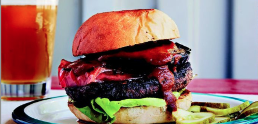 Beef Burgers with Sweet-n-Smoky Ketchup